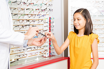 Optician In Redding